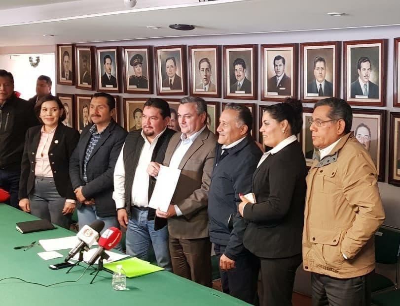 PARTIDOS POLÍTICOS SIN DINERO PARA SUBSISTIR