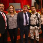 SAÚL MONREAL LIMPIA DE CUCARACHAS SU GABINETE
