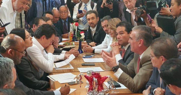 ALCALDES DOBLAN AL CAUDILLO;  OBTIENEN 32 MIL MILLONES EXTRAS  EN SUS PRESUPUESTOS DEL 2020